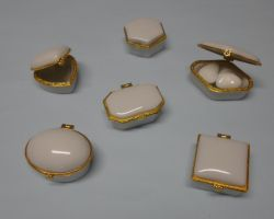 FAVOR FAKE PORCELAIN MINI BOX