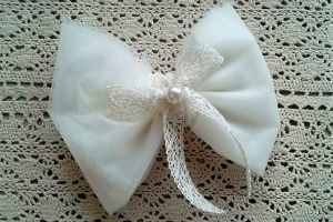 WEDDING FAVOR TULLE BOW PEARL