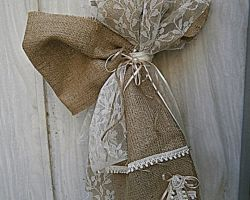 gamos-baptisi candles burlap bow  1